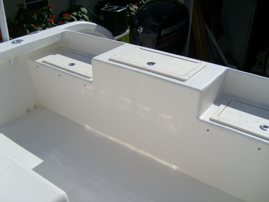 New ameracat 27 ameracat custom power catamarans for Fish box for boat