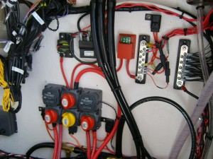 Here you can see the electronic rigging.